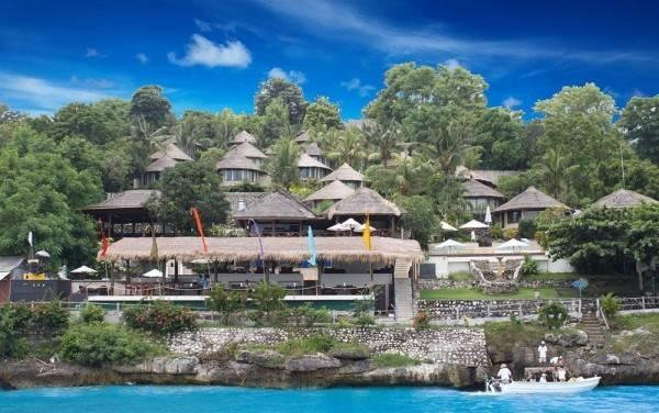 Hotel Coconuts Beach Resort