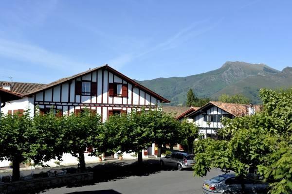 Hotel Baratchartea Logis Logis