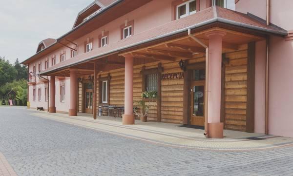Hotel Cezar Centrum Bankietowo Noclegowe