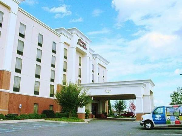 Hampton Inn - Suites Spartanburg-I-26-Westgate Mall