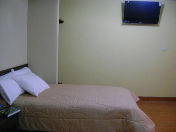 Yucay Plaza Inn