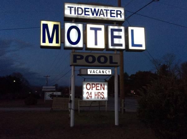 Tidewater Motel