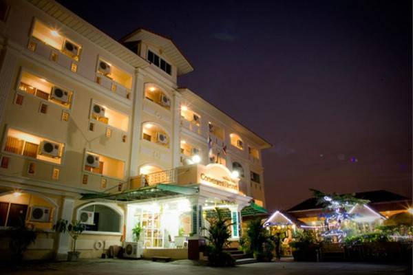Hotel Convenient Resort