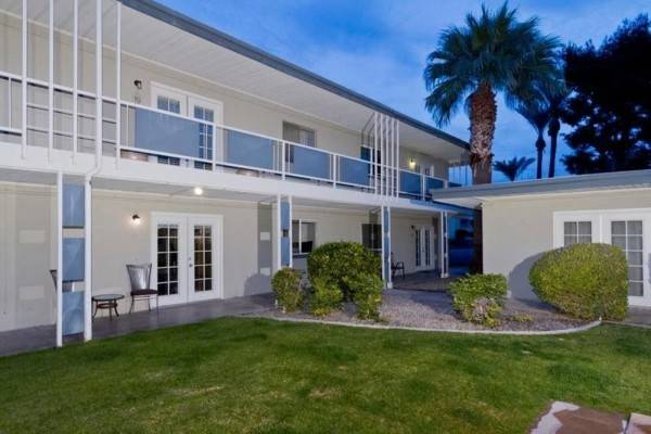 Hotel Old School By Signature Vacation Rentals