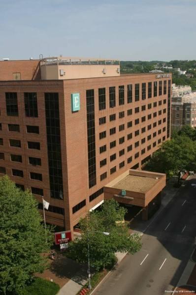 Hotel Embassy Suites by Hilton Washington DC Georgetown