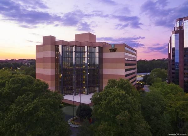 Hotel Embassy Suites by Hilton Atlanta Perimeter Center