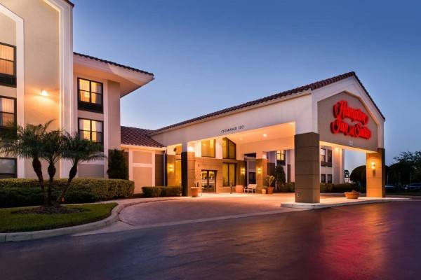 Hampton Inn - Suites Orlando-East UCF Area FL
