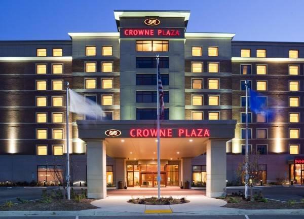 Hotel Crowne Plaza MILWAUKEE WEST