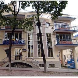 Hotel Mesogios