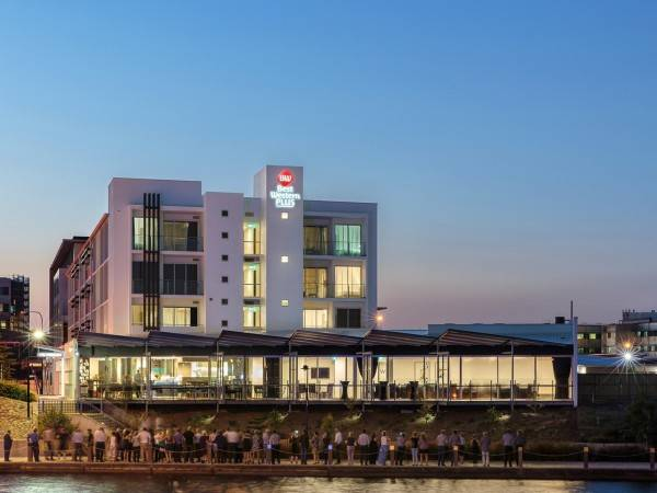 Hotel BEST WESTERN PLUS LAKE KAWANA