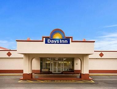 Days Inn by Wyndham Shelby