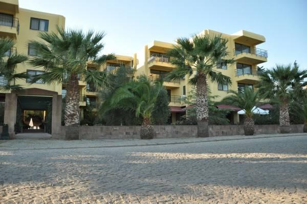 Hotel Palm Court Suites
