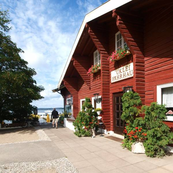 Hotel Uklei-Fährhaus Cafe-Restaurant-Ho