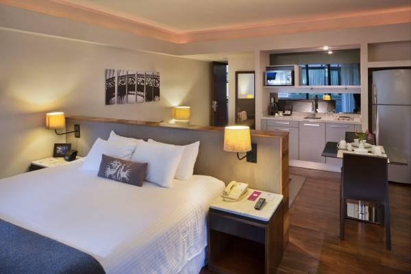 Hotel Las Suites Campos Eliseos