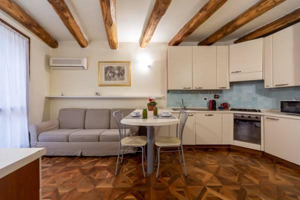 Hotel Falegnami Suites