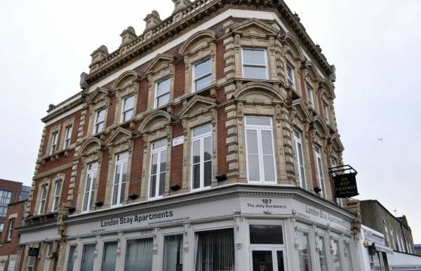 Hotel London Stay Apartments