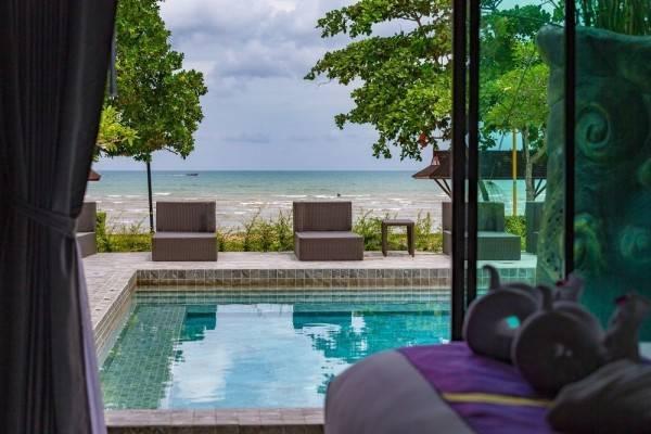 Hotel Maneetel Krabi Beachfront