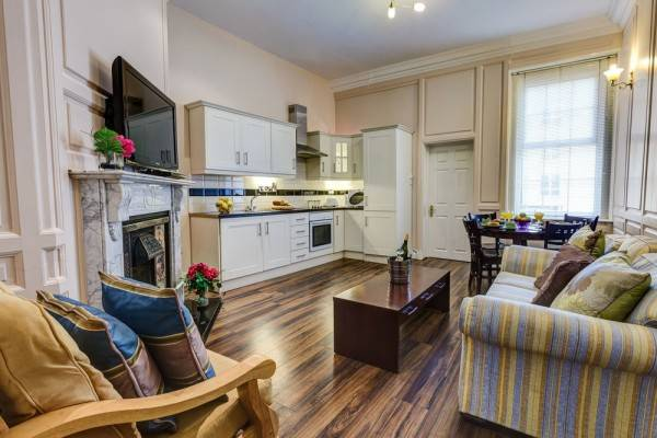 Hotel Kingfisher Serviced Apartments
