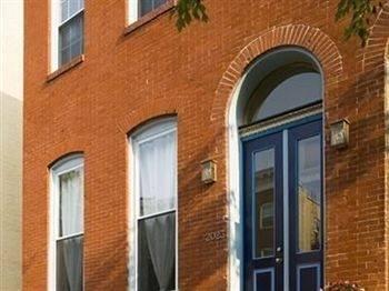Hotel Blue Door on Baltimore