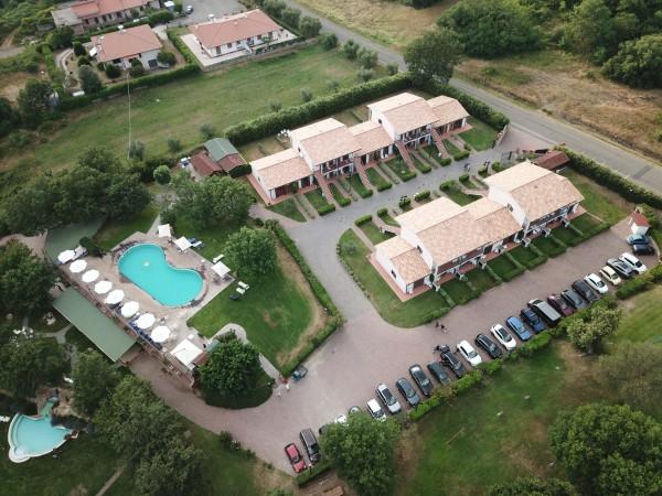 Hotel Relais Villaggio Le Querce Garden