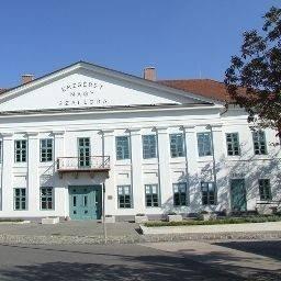 Hotel Erzsébet Nagy Szálloda