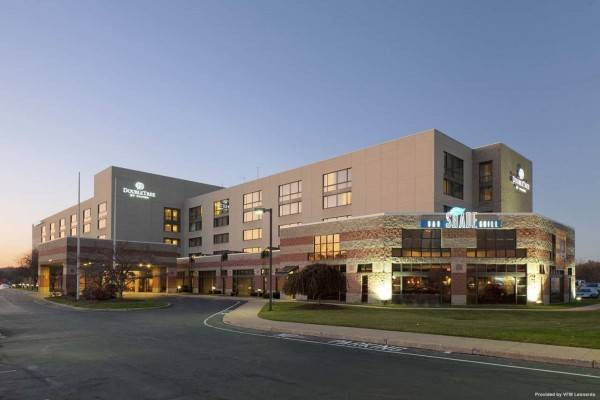 Hotel DoubleTree by Hilton Hartford - Bradley Airport