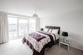 Hotel AM-PM Kepplestone Apartments