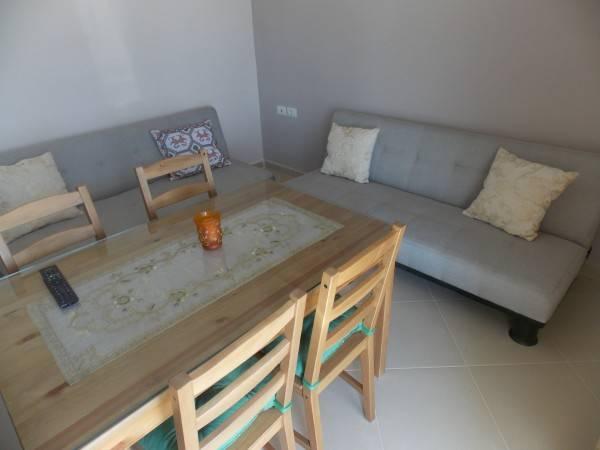 Hotel Eleana Apartments