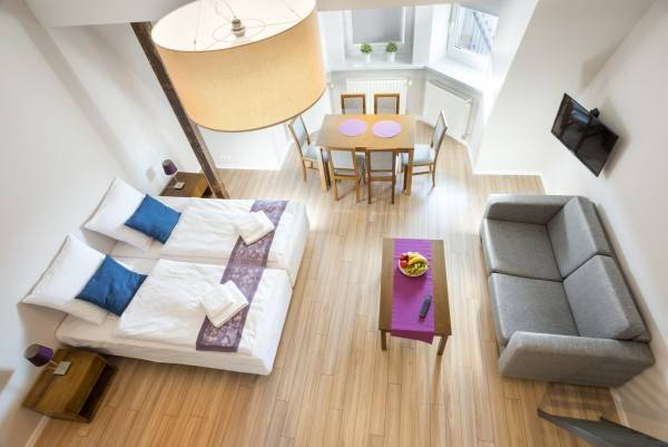 Hotel Emaus Apartments