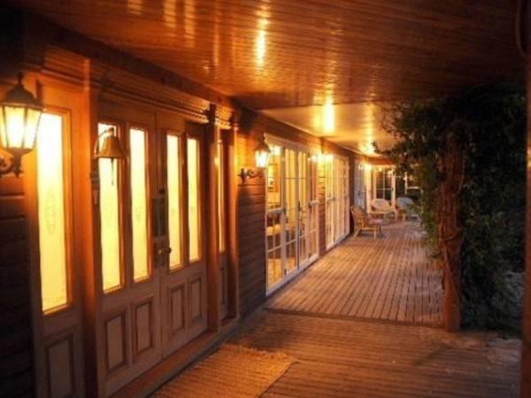 Hotel Silver Peaks Lodge Bed & Breakfast
