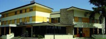 Hotel Mirella & Ristorante Don Bacco