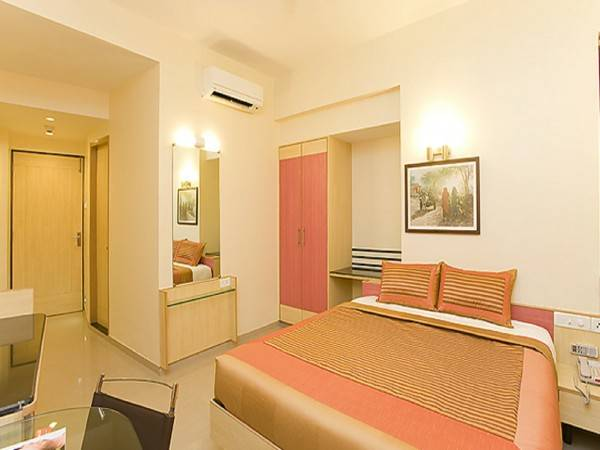Hotel Pearl Suites A Unit of Parvasheena Hospitality and Services Pvt.Ltd