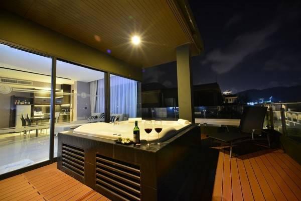 Hotel The Charm Resort Phuket