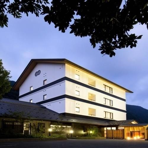 Hotel (RYOKAN) Takamiya Mogamigawa Bettei Beni