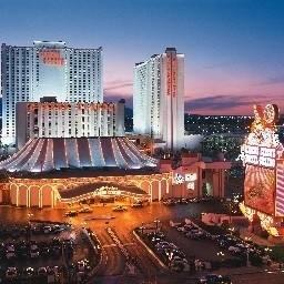Casino & Theme Park MGM Circus Circus Hotel