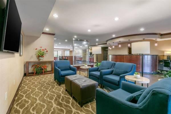 Hotel Comfort Suites Forrest City