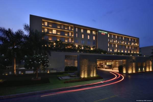 Hotel Courtyard Pune Hinjewadi
