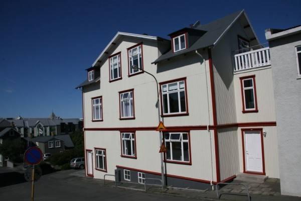 Hotel Luna Apartments
