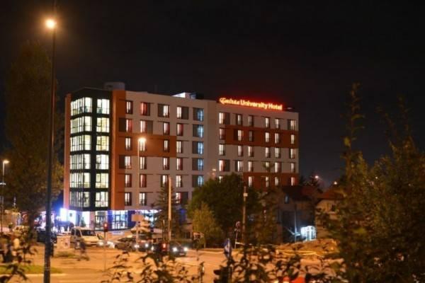 Hotel Emiran