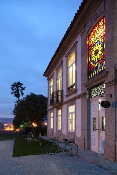 Hotel Solar Egas Moniz Charming House & Local Experiences
