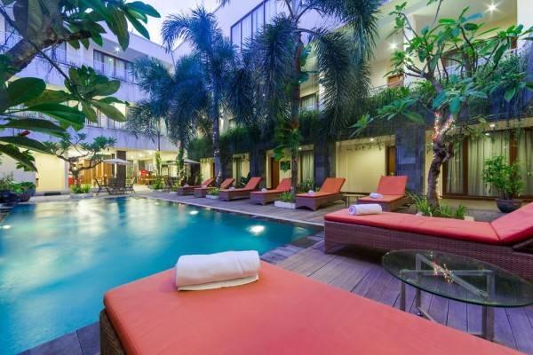 Hotel ZEN Rooms Kuta Tuban Suites