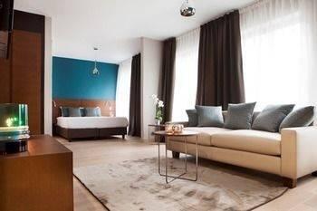 Hotel Residence Agenda