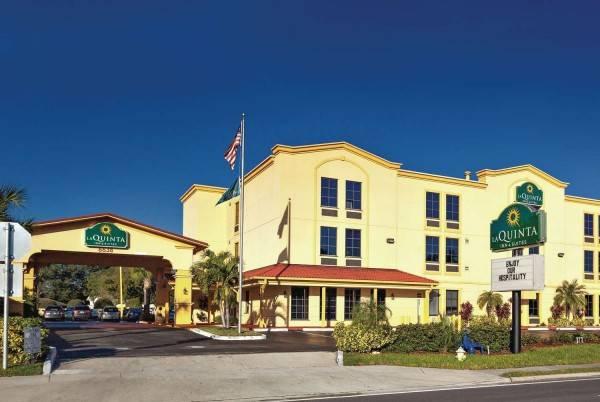 La Quinta Inn Ste NE St Pete