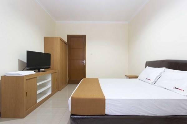 Hotel RedDoorz @ Cilandak KKO