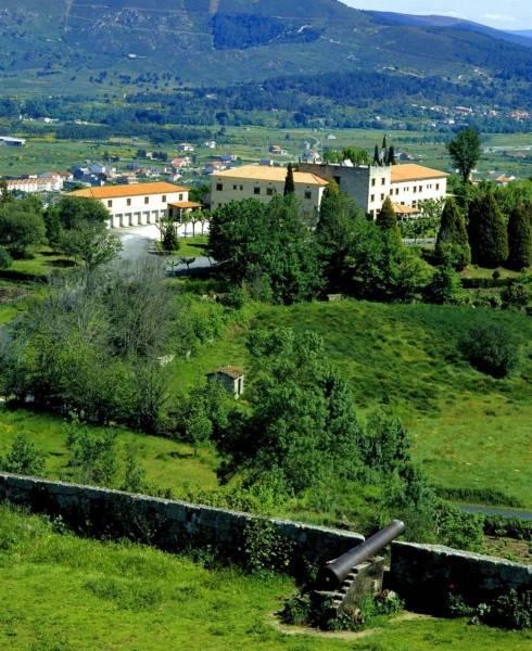 Hotel Parador De Verin