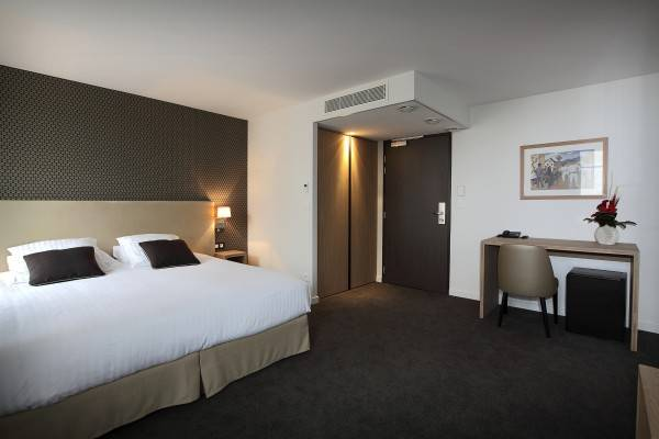 Hotel De la Nivelle Logis