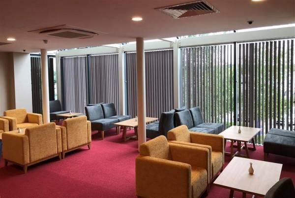 Hotel Ramada by Wyndham Cobham