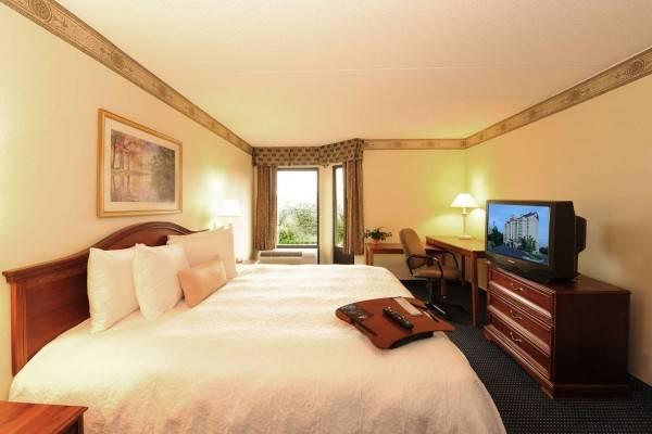 Hampton Inn - Suites Atlanta-Galleria