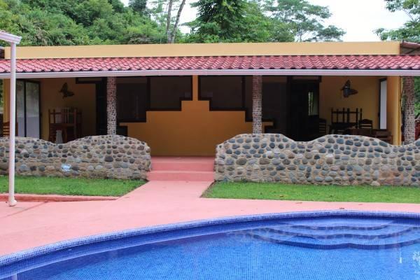 Hotel Cabinas 3 Rios