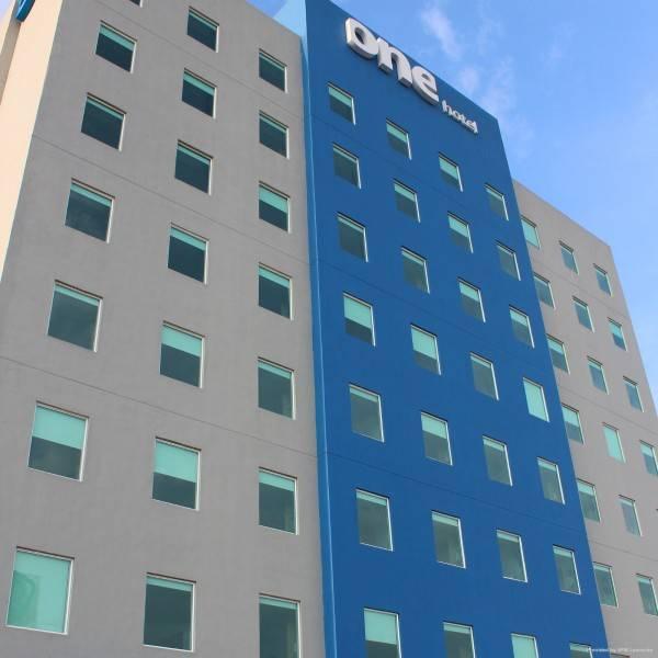 Hotel ONE LEON POLIFORUM
